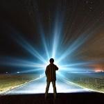 【朗報】ワイ、古い100均のイヤホンで懐中電灯を作るwwwwwwwwwwwwwww