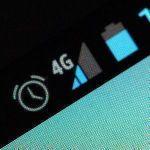 スマホ「ざんね~ん使用量5GBになったから普段の速度出ませ~ん」