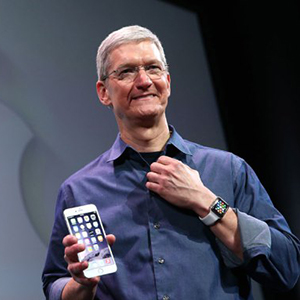 tim-cook-iphone-6-watch