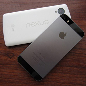 nexus-and-iphone-650x482