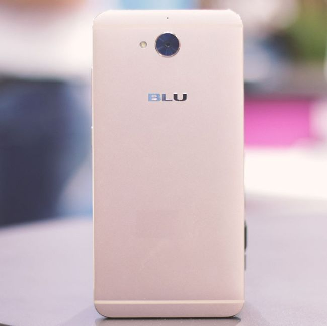 Blu Vivo 6