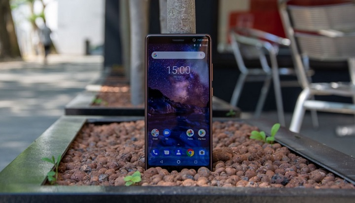 Nokia 7 Plus hands on review