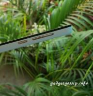 Xiaomi Redmi 2 side view