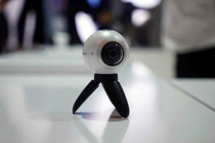 Samsung's Gear 360 camera brings 360 video to the masses