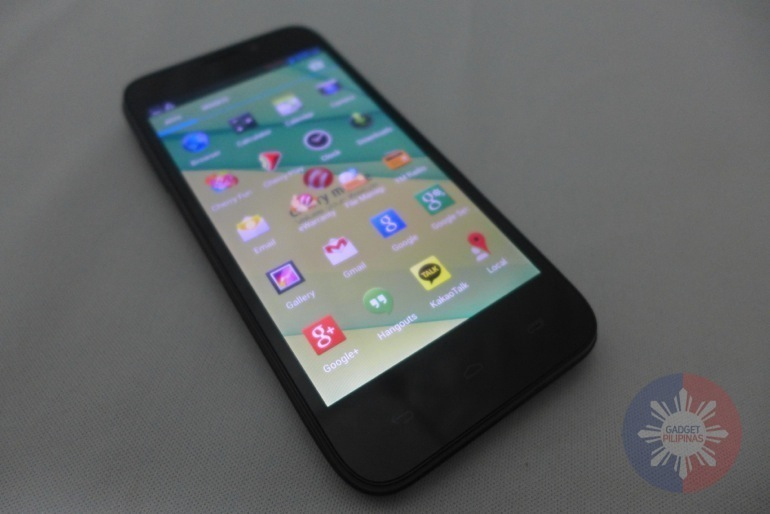 Cherry Mobile Flare HD Unboxing 26