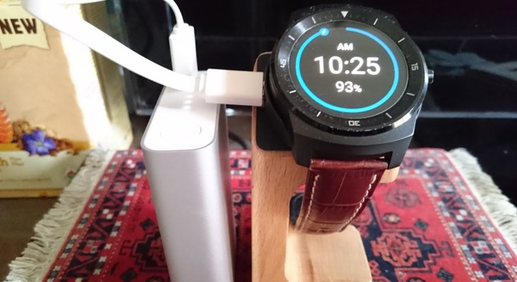 Android Wear Receives News: Interactive Clock Displays, Together and Wi-Fi in LG G Watch R