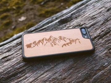 iPhone 7 Wood Case - Rosewood Mountains