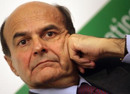 """Bersani esce dall'angolo: """"Non chiederò a D'Alema di candidarsi"""""""