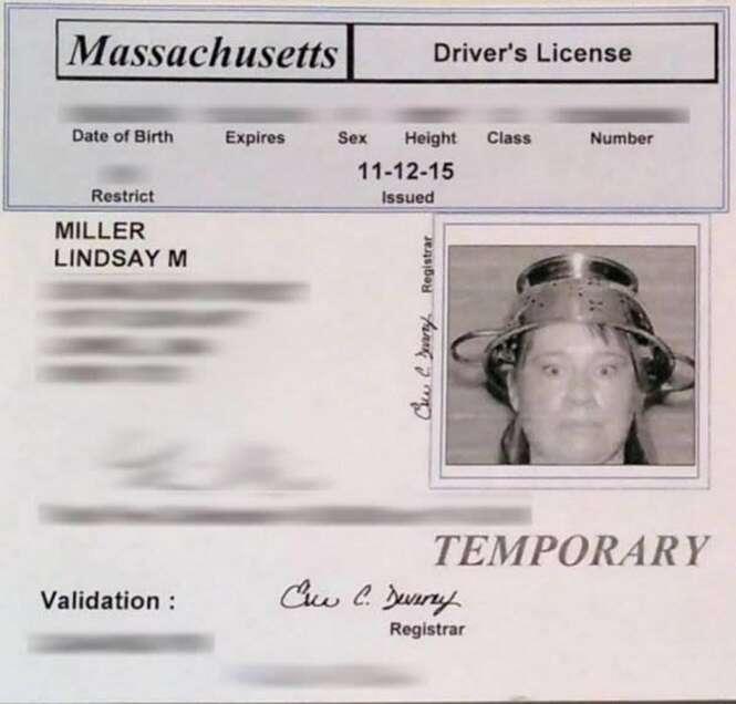 Carteiras de motorista e identidades mais bizarras do planeta