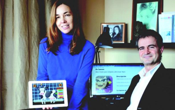 Marga Garriga y su socio en Sanoen, editorial digital de libros infantiles