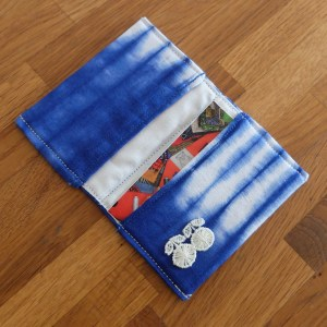 HIBOU-Blue-Tie-Dye-Card-Holder_c2