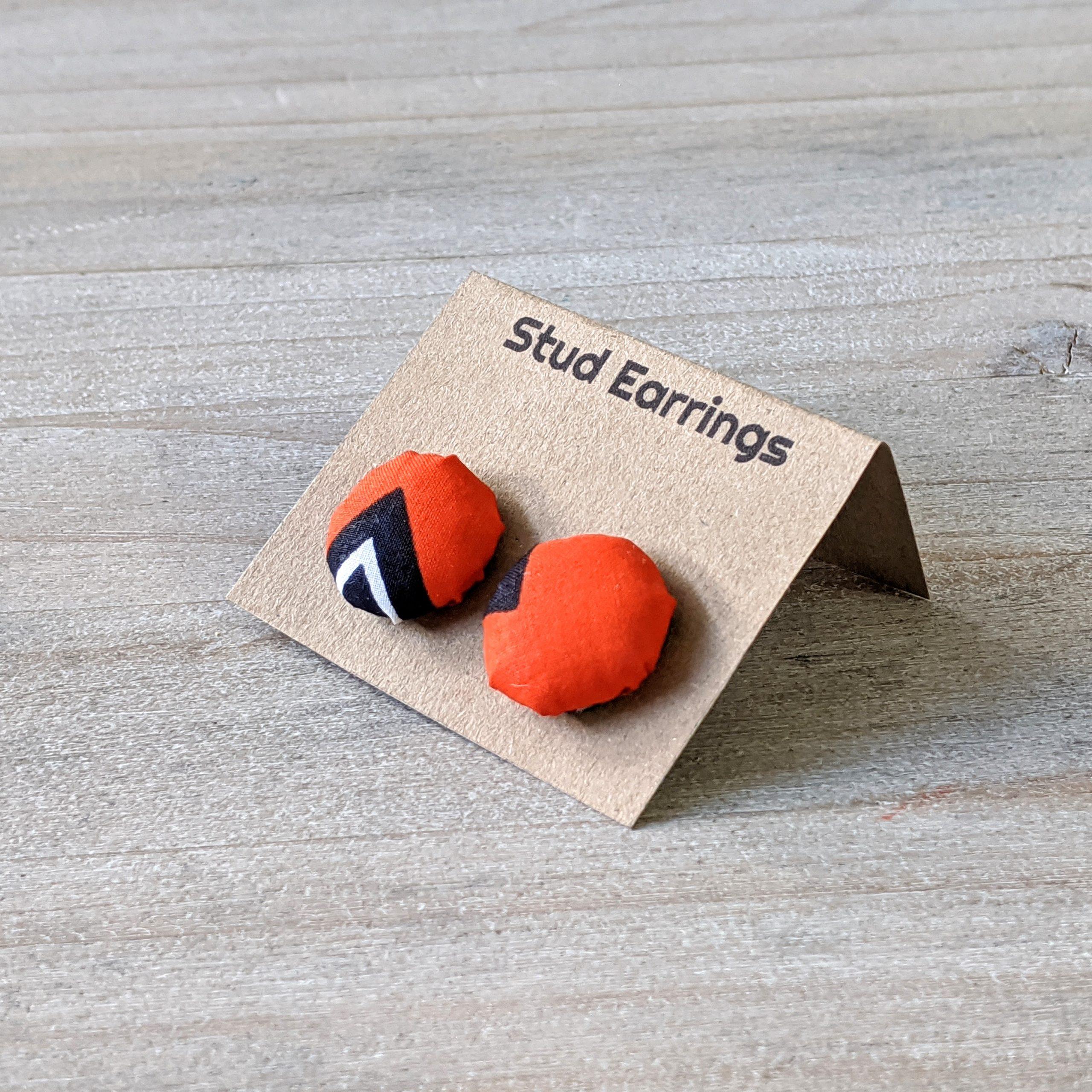 HIBOU Orange Zigzag Stud Earrings a