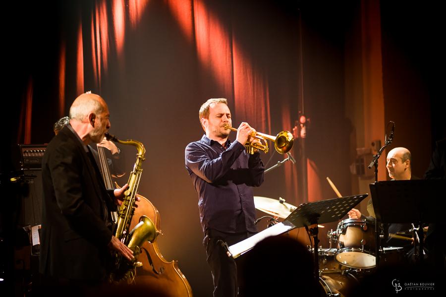 Concert, Jazzin Trivy