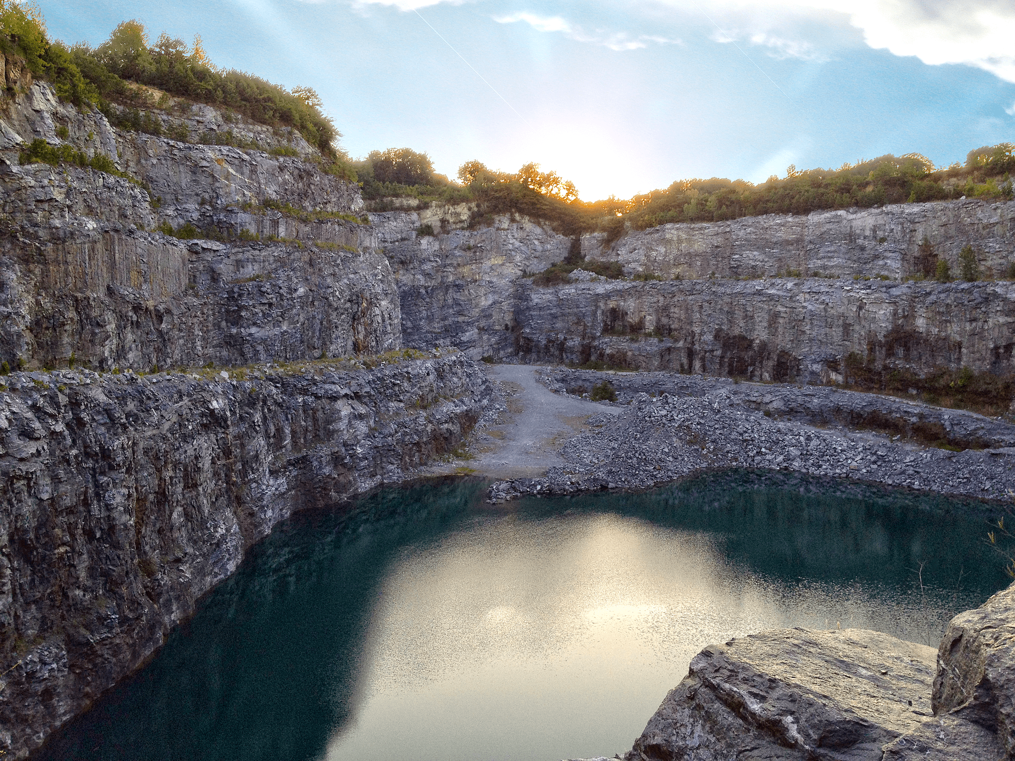 7 Places in Georgia You Have to Visit That You Didn t Know Existed You may remember this place from a scene in Walking Dead seen below  But  this quarry can carry up to 1 9 million gallons of water and it s right in  Atlanta