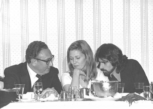 Peter Wolf e Faye Dunaway a cena con Henry Kissinger – 1975