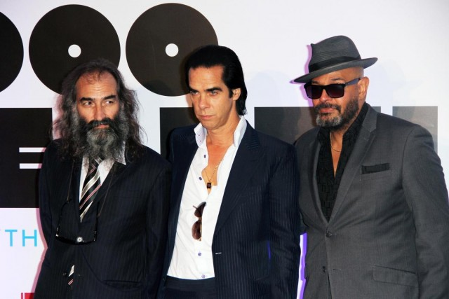 Barry Adamson con i compagni Bad Seeds Warren Ellis e Nick Cave