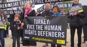 EU: No accession until Turkey halts authoritarian trend