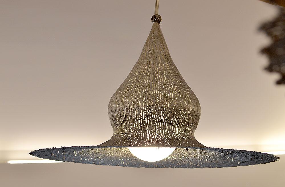 Artistic Ceiling Light Metal Pendant Light Modern