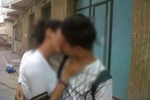 Marocco Adolescenti Bacio