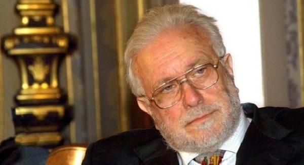 E' morto Luciano De Crescenzo. Aveva 90 anni