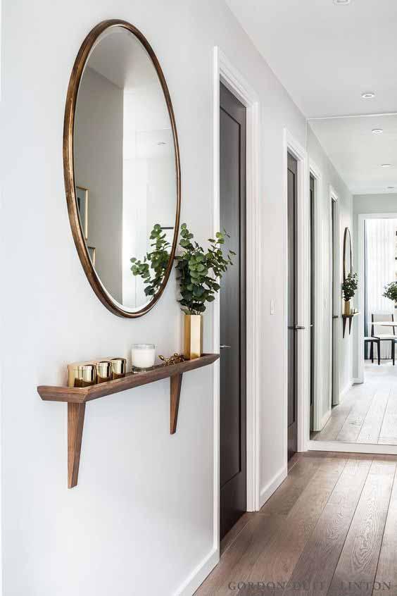 arredare il corridoio con specchi tondi