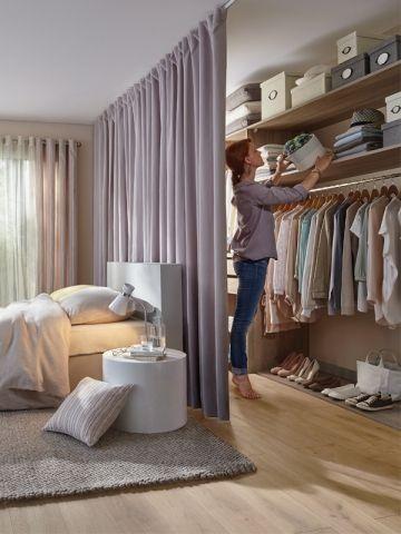 Progettare una cabina armadio dietro testiera letto