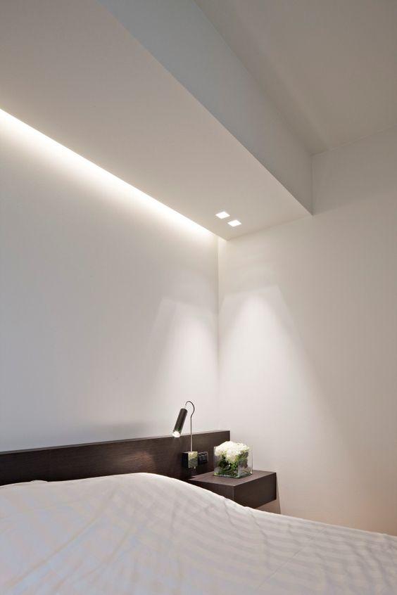 Illuminare il controsoffitto camera da letto