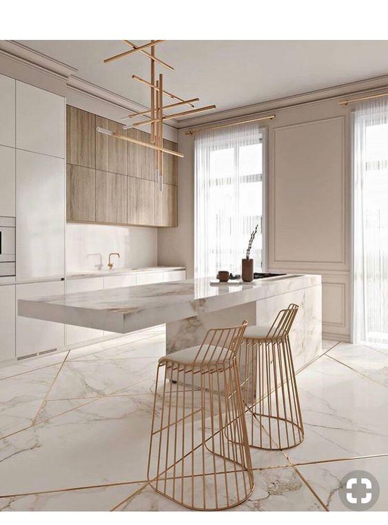 cucina arredata con marmo e legno