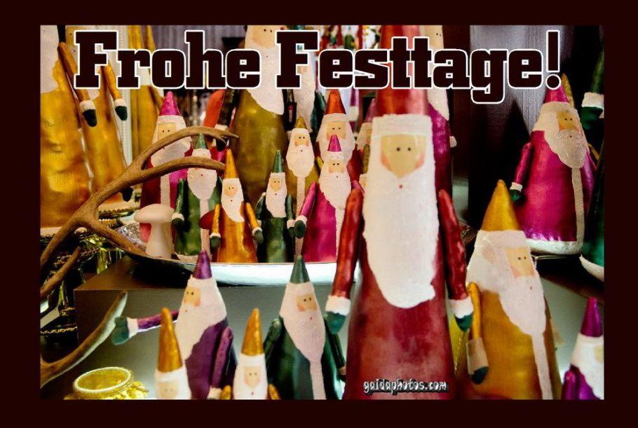 Fröhliche Festtage Karte mit Weihnachtsmann