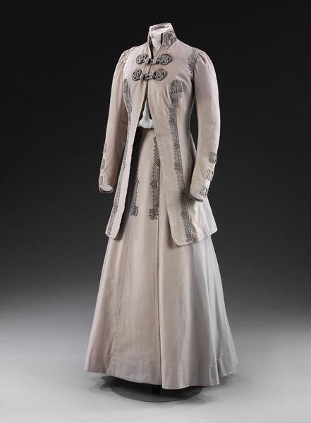 1908 Woman's Suit