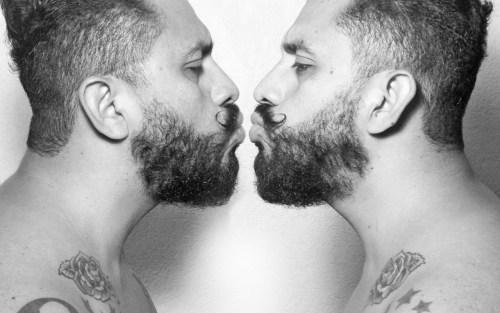 La belleza masculina capturada por Carlos Cabrera | NSFW