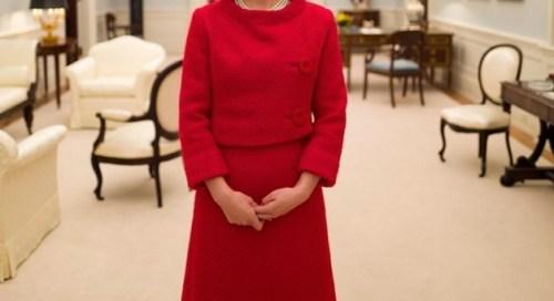 Natalie Portman como Jackie Kennedy