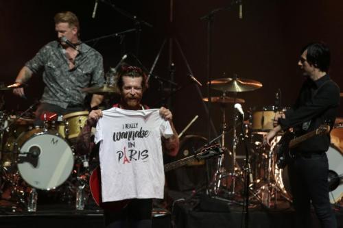 Eagles of Death Metal se presenta nuevamente en París