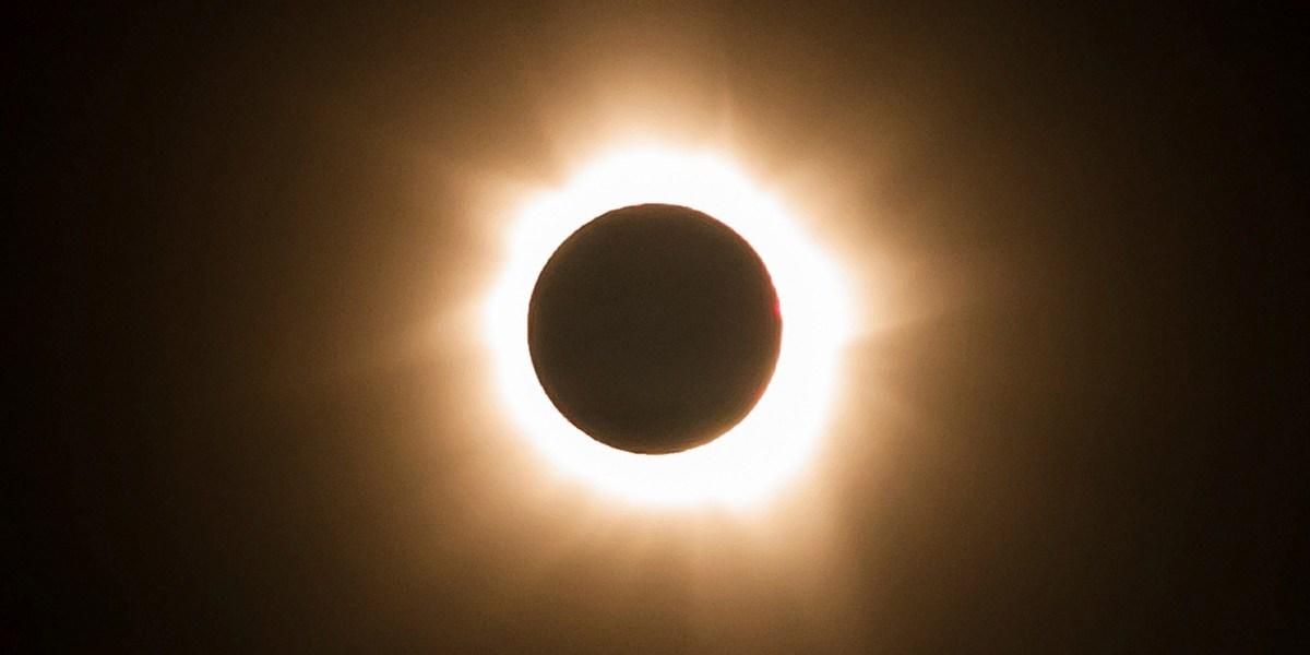 En vivo: Eclipse total solar que inicia el 9 de marzo y concluye el 8