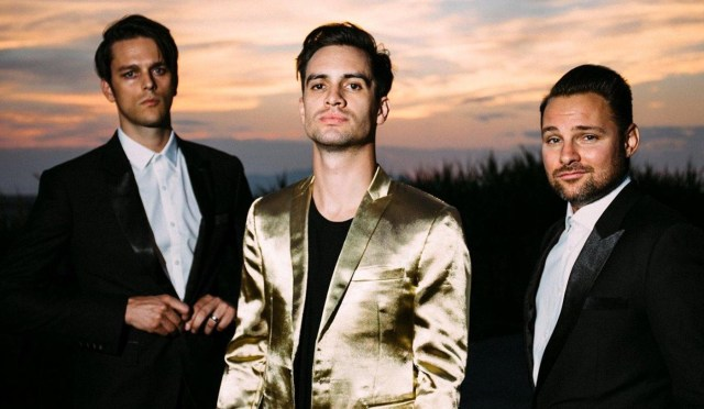 Ponle play: discos nuevos de Sophie, Nine Inch Nails y Panic! At the disco