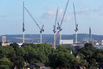 Cranes at Tottenham Hotspur stadium