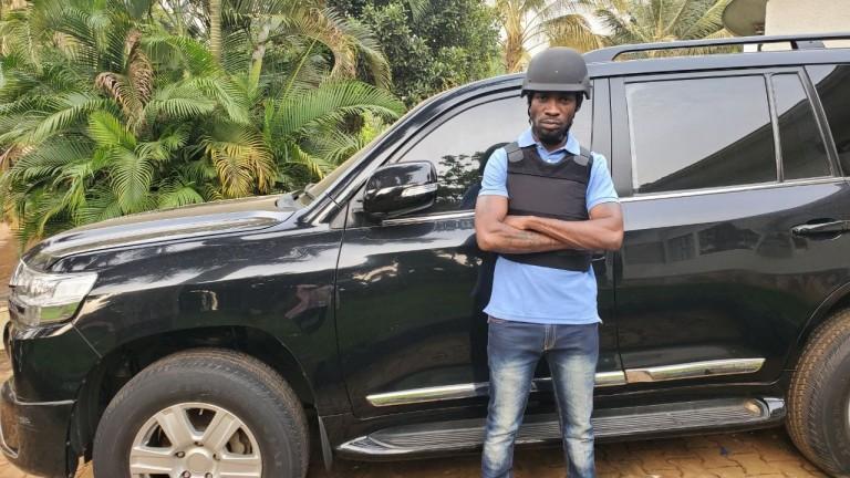 Bobi Wine to unwillingly surrender his car to URA after court ruling