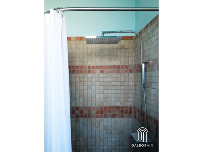barre de rideau de douche sur mesure