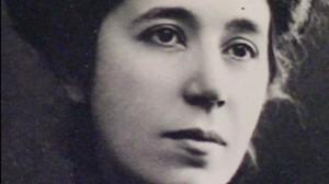 """""""He llegado a convencerme de que la única razón de vivir está en la alegría con que se vive.""""    (María de la O Lejárraga)."""