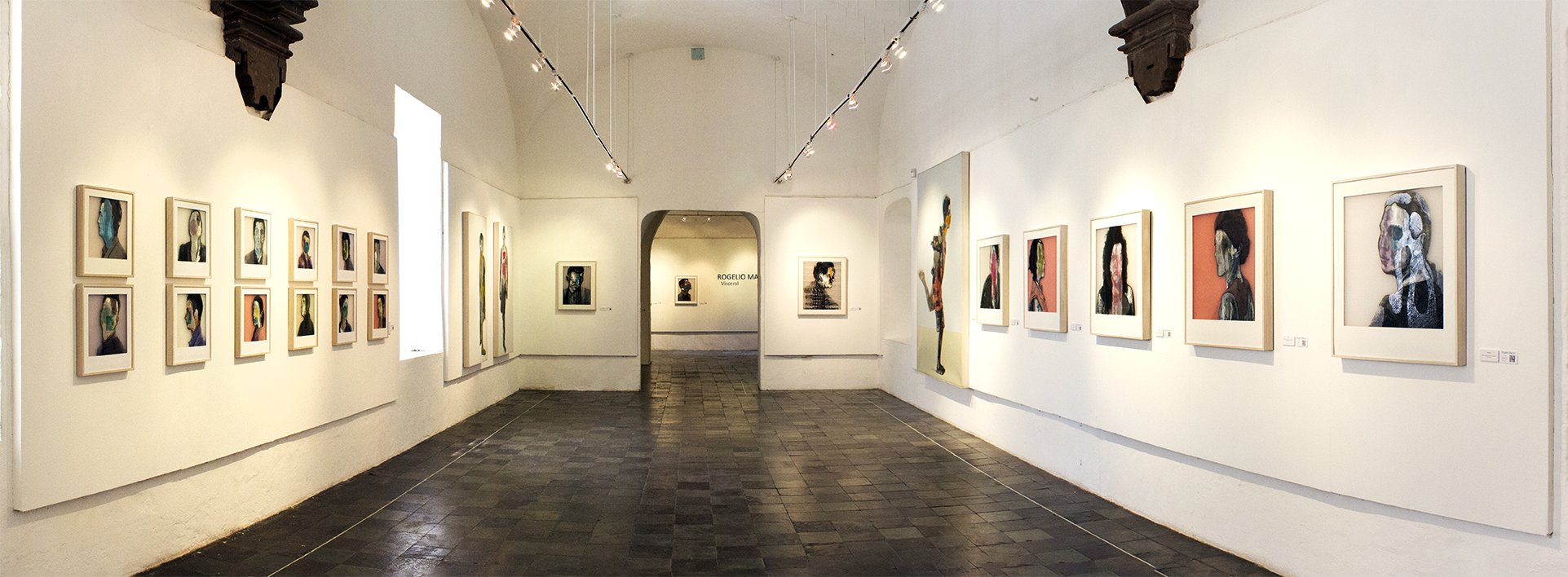 Exposición del artista Rogelio Manzo