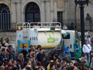 Aguas de Bogotá en manifestación contra destitución de Gustavo Petro