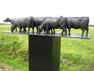 7 Koeien - brons - 19 cm hoog