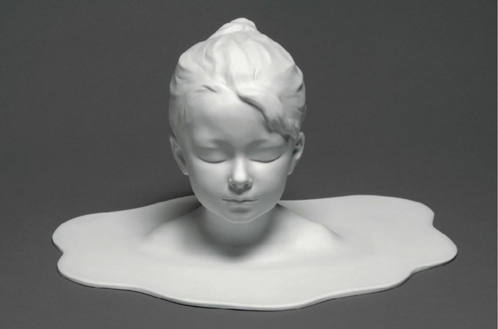 The One Who sees Blindly, 2011 - 2016 Biscuit de porcelaine de sèvres — 24 x 44 x 34 cm