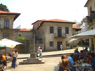 Plaza de la leña y museo