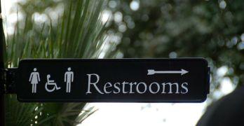 La soluzione contro le code al bagno delle donne è questa