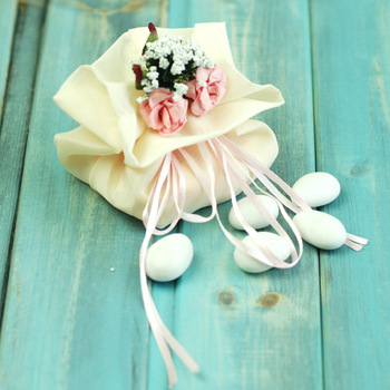 pink-love-bags-italy-confetti-candy-bag-finished-candy-box-european-creative-wedding-supplies_930588