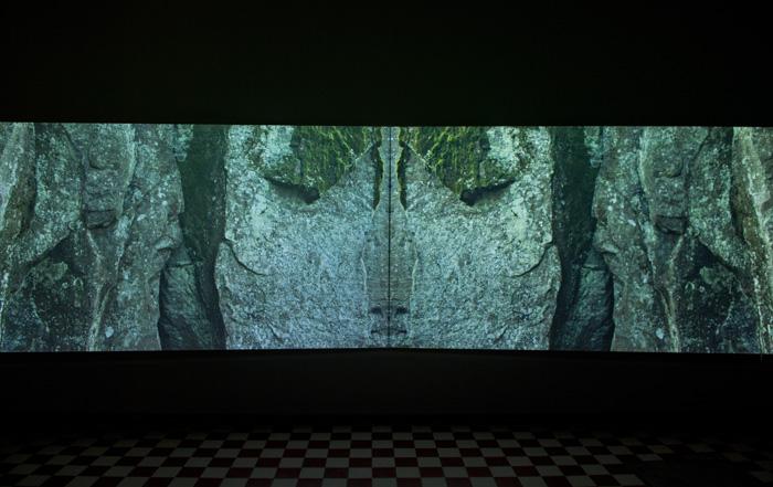 Milla-Kariina Oja, installaatiokuva, Galleria Huuto