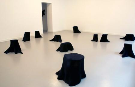 Kaisaleena Halinen, Silence-installation of 13 stumps covered with black velvet