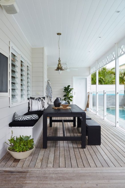 Entertaining space with timber decking. Gallerie B blog.
