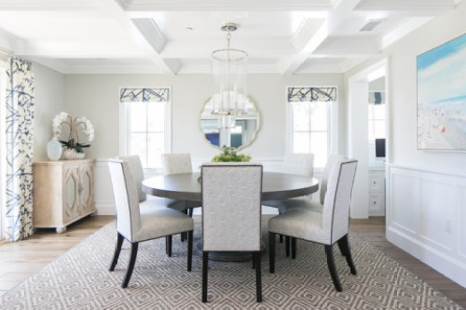 Round table in a light and airy dining room. Friday's Favourites, Gallerie B.